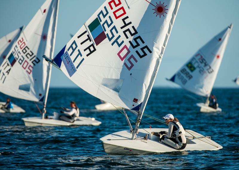 Laura Cosentino e Silvia Zennaro in regata nei Laser Radial a Miami