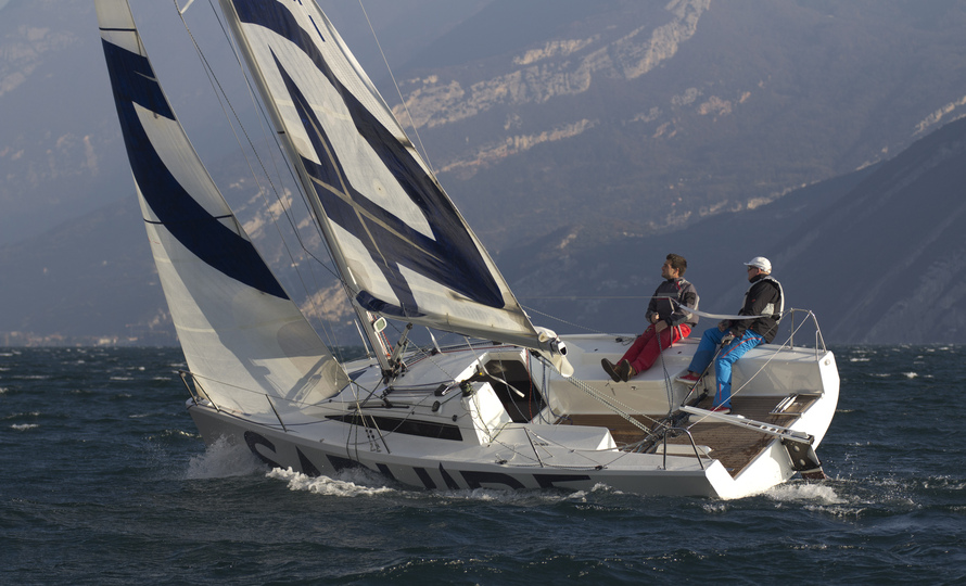 Saphire 27, Special Yacht