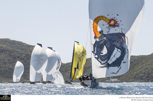 Bombarda Racing conduce la flotta. Foto Martinez