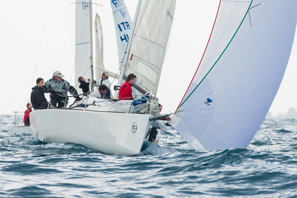 In regata a Napoli