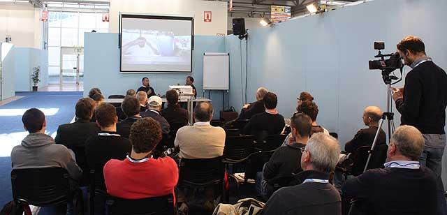 Un momento della conferenza al Seatec. Foto Maselli/FareVela