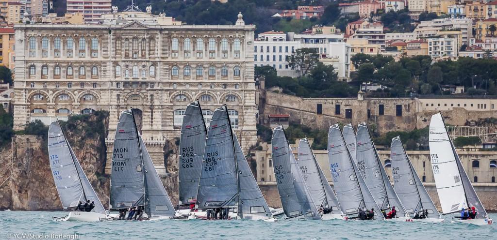 La flotta dei Melges 20 a Monaco. Foto Borlenghi