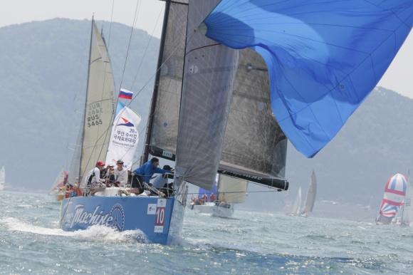 In regata durante l'ultima edizione della Busan Super Cup