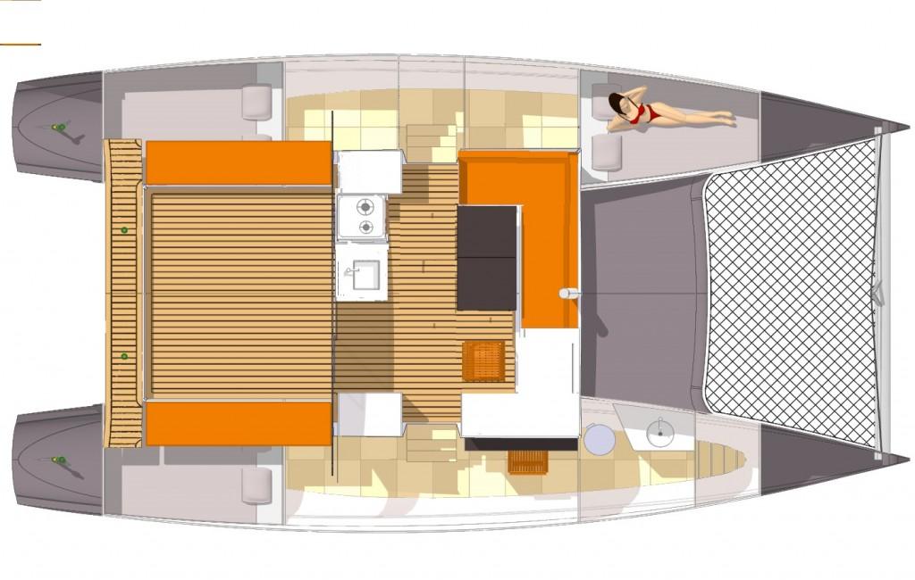 """Il layout degli interni. Nella versione """"low cost"""" sono essenziali e razionali per garantire il piacere di un day charter"""