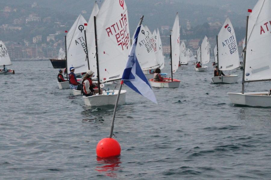 Optimist sulla linea di partenza per la Coppa LNI a Rapallo