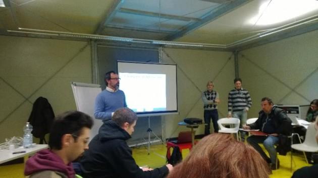 Al Laboratorio partecipano oltre 70 persone tra utenti del Centro di Salute Mentale, istruttori di vela, operatori sanitari e volontari della Fondazione Di Liegro.