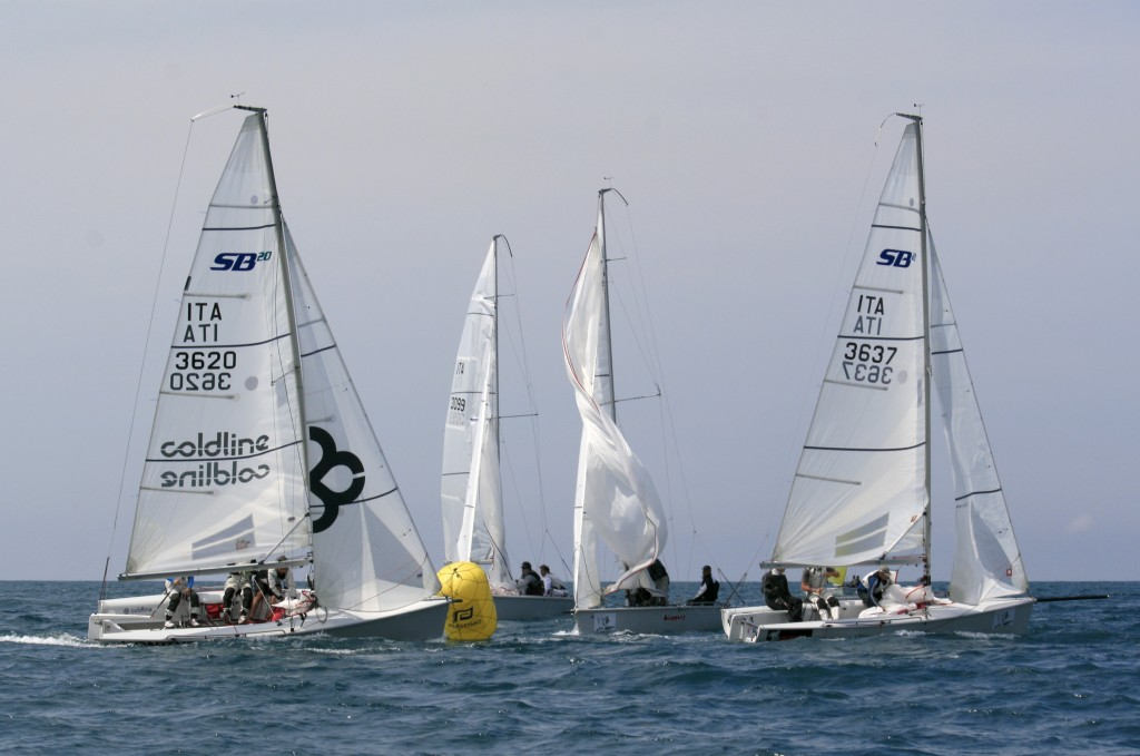 SB20 in regata