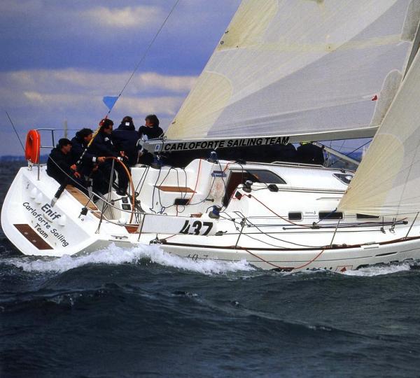 Il First 40.7, una delle barche in dotazione alla società di charter