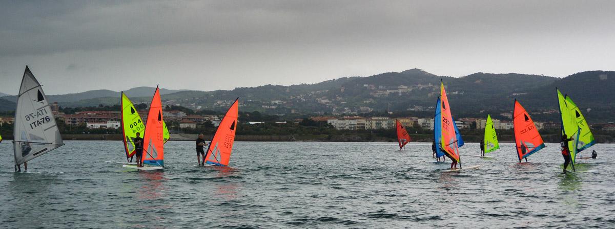 Windsurf in regata a Livorno per il TAN