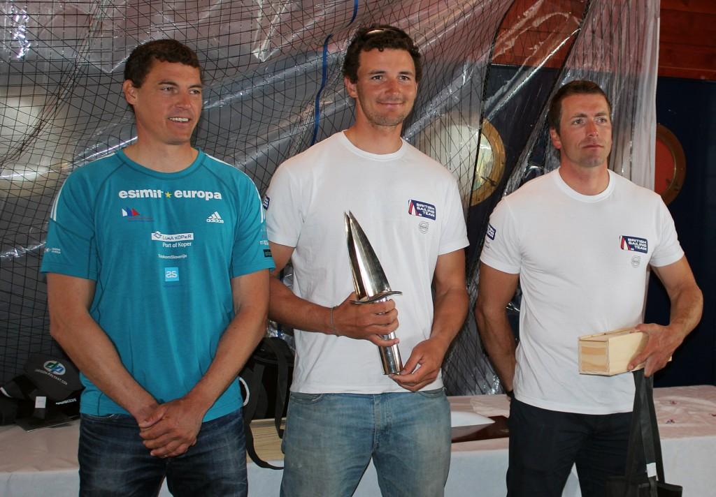 Il podio di La Rochelle, con Scott al centro, Zbogar a sinistra e Wright a destra. Foto IFA
