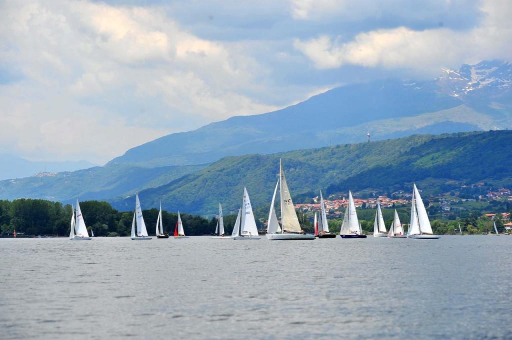 Un momento della 100Vele sul Lago di Viverone