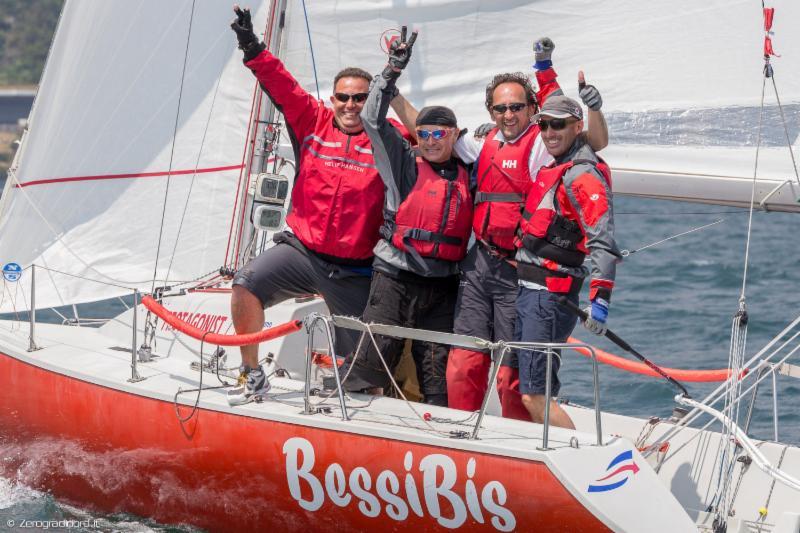 L'equipaggio di Bessi Bis. Foto Zerogradinord