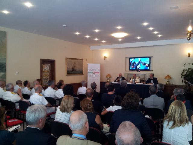 Un momento della conferenza stampa di presentazione del progetto Nave Italia, iniziato nel 2007 per volontà della Marina Militare e dello YCI