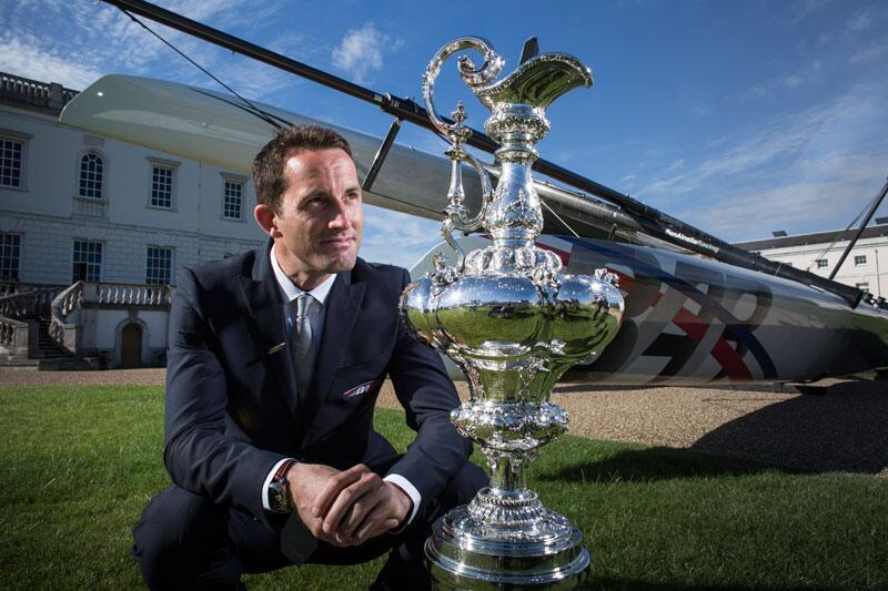 Ben Ainslie con l'America's Cup