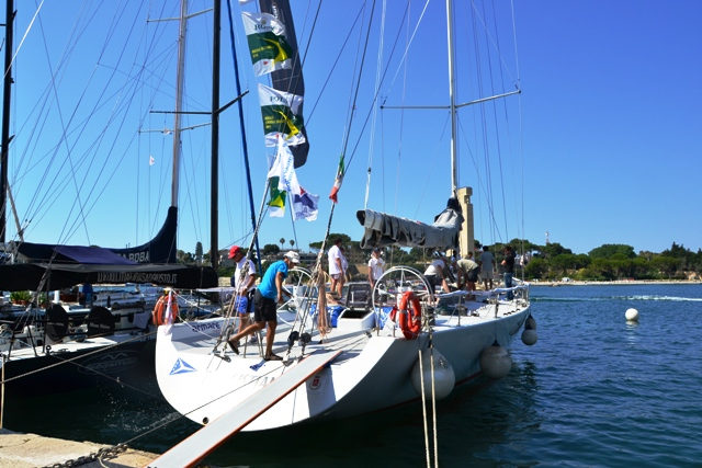 Il Farr 80 Team Sistiana dello skipper Alberto Leghissa rinnova la sua sfida ai Montefusco a bordo di Idrusa