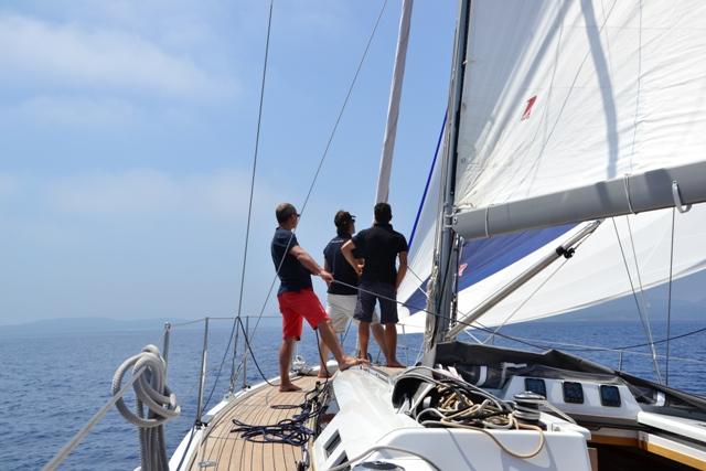 Sotto gennaker abbiamo iniziato la nostra discesa verso Porto Rotondo dopo aver doppiato la piccola isola di Mortorio