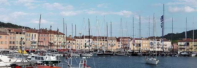 I maxi ormeggiati al Port Vieux