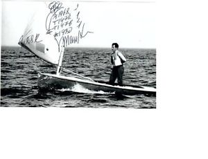 Mankin in Finn con l'autogrtafo delle sue vittorie olimpiche