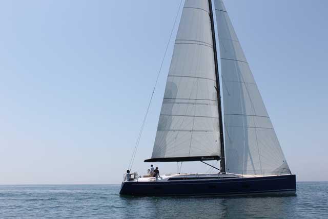 """L'Euphoria 54 di Sirena Marine, candidata all'EYotY nei """"Luxury Cruiser"""", è stata presentata a Cannes"""
