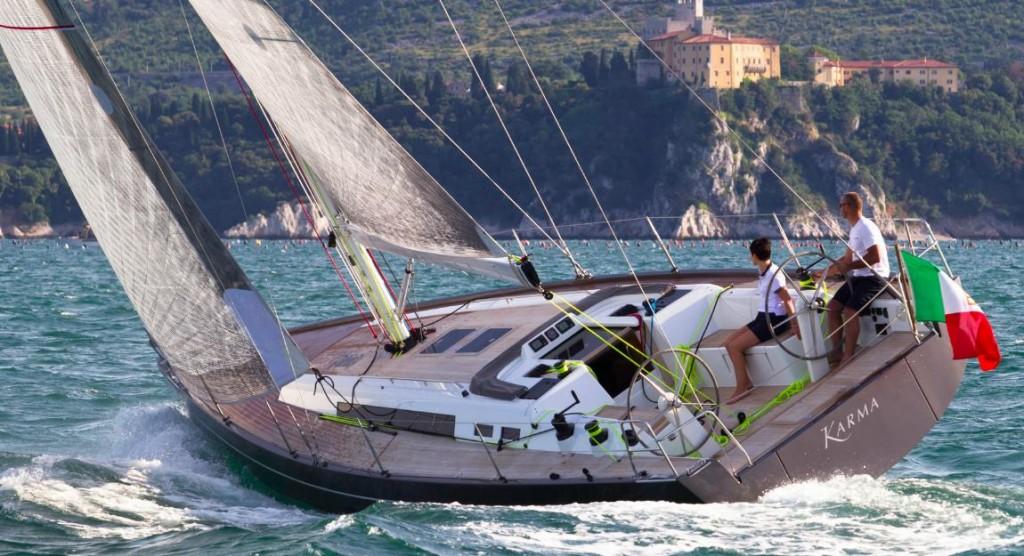Il Solaris 42 in bolina si è dimostrato una barca veloce, sicura e morbida al timone