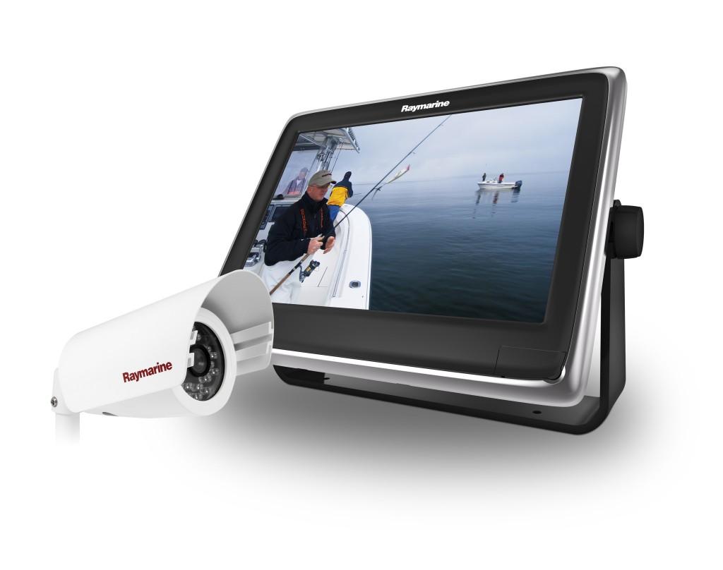 La nuova telecamera marina CAM200IP permette di ottenere video ad alta definizione sui display multifunzione Raymarine