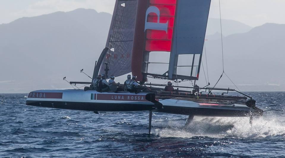Luna Rossa AC45 in foiling ieri a Cagliari. Foto Luna Rossa