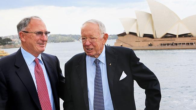 Bob Oatley con il figlio Sandy a Sydney