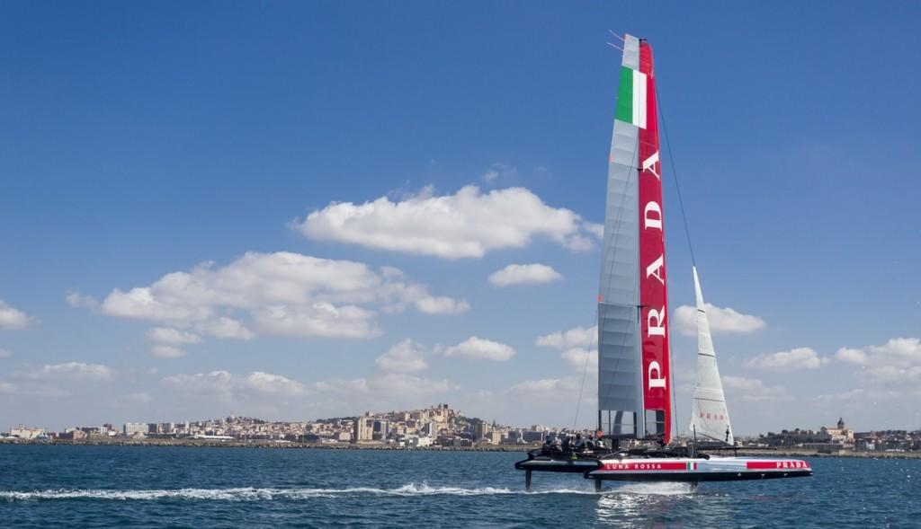 Luna Rossa AC45 in allenamento a Cagliari. Foto Borlenghi