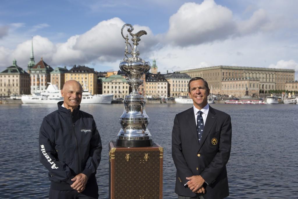 Tornqvist con il commodoro del Royal Swedish Yacht Club
