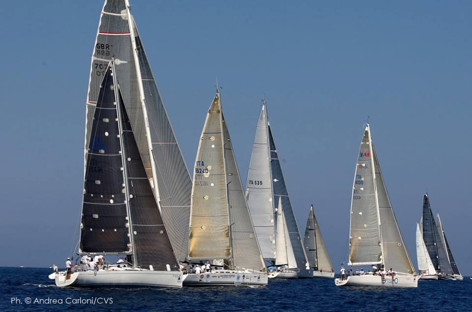 Una fase della partenza dell'edizione 2013. Foto Carloni