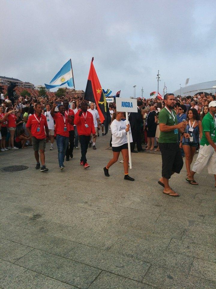 Al Mondiale di Santander ci sono proprio tutti: la squadra dell'Angola durante la sfilata