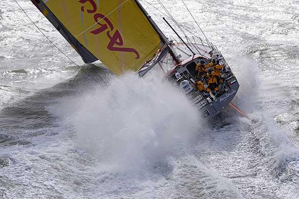 Abu Dhabi Ocean Racing, skipper Ian Walker, secondo alcuni potrebbe essere il favorito della VOR. Foto Tomlinson