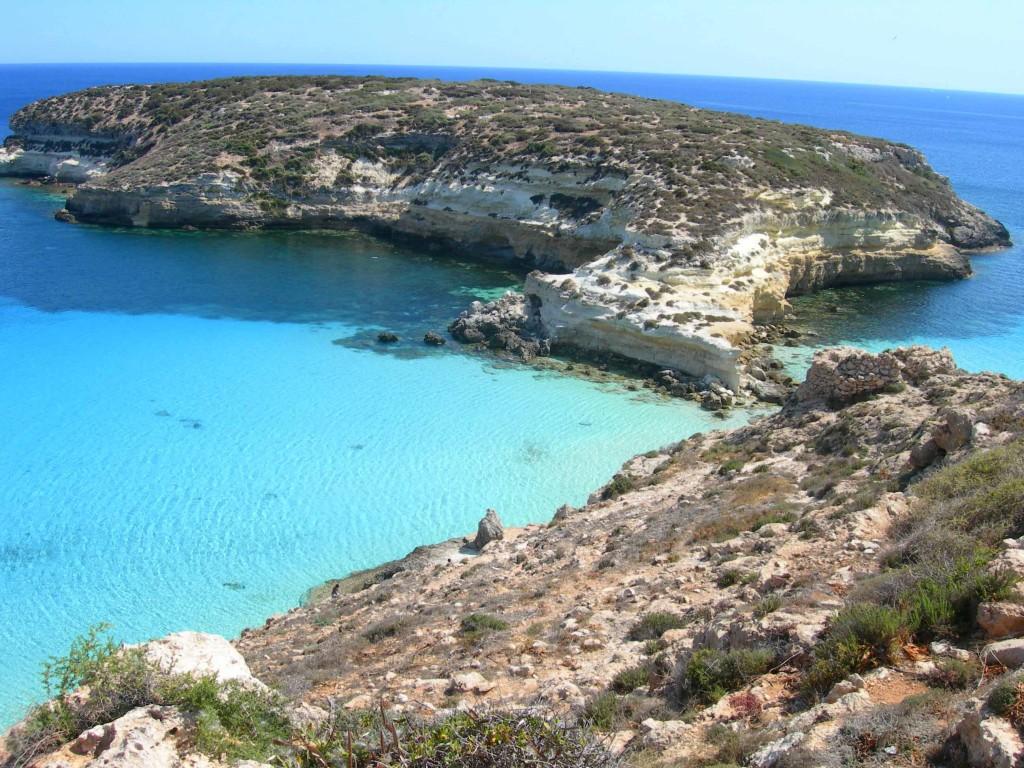 La celeberrima Isola dei Conigli a Lampedusa, potrebbe svolgersi qui il Mondiale ISAF Youth del 2018?