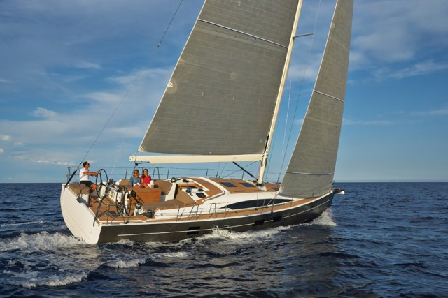 l'Azuree 46 rappresenta la prova di maturità del cantiere turco Sirena Marine