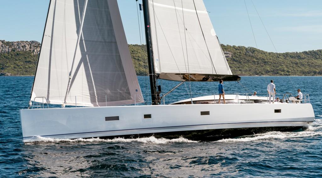 Il CNB 76 sarà esposto nei prossimi giorni a Cannes in occasione del salone nautico