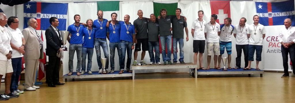 EUZ sul podio: Francesco Lanera, Sandro Montefusco, Paolo Montefusco, Lorenzo De Felice, Michele Valenti