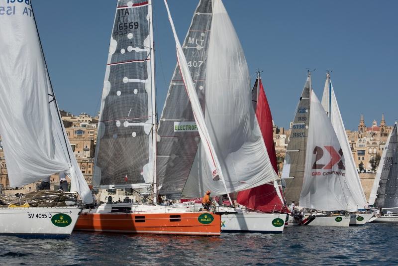 L'Azuree 33, progetto Ceccarelli, alla partenza dalla Grand Harbour