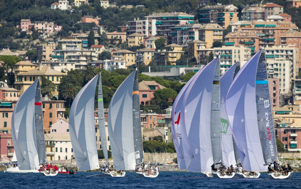 I Melges 32 in regata a Genova