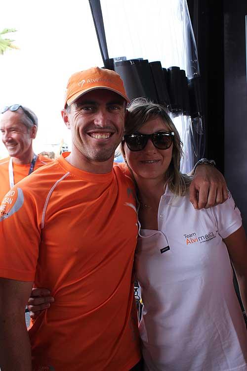 Alberto Bolzan... qui con la fidanzata Nicole a due ore dalla partenza. E' lui l'unico italiano alla Volvo Ocean Race, su Team Alvimedica.