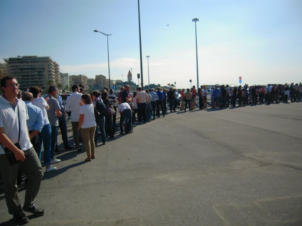 Pubblico in fila ai botteghini della Fiera. Foto Mariotti