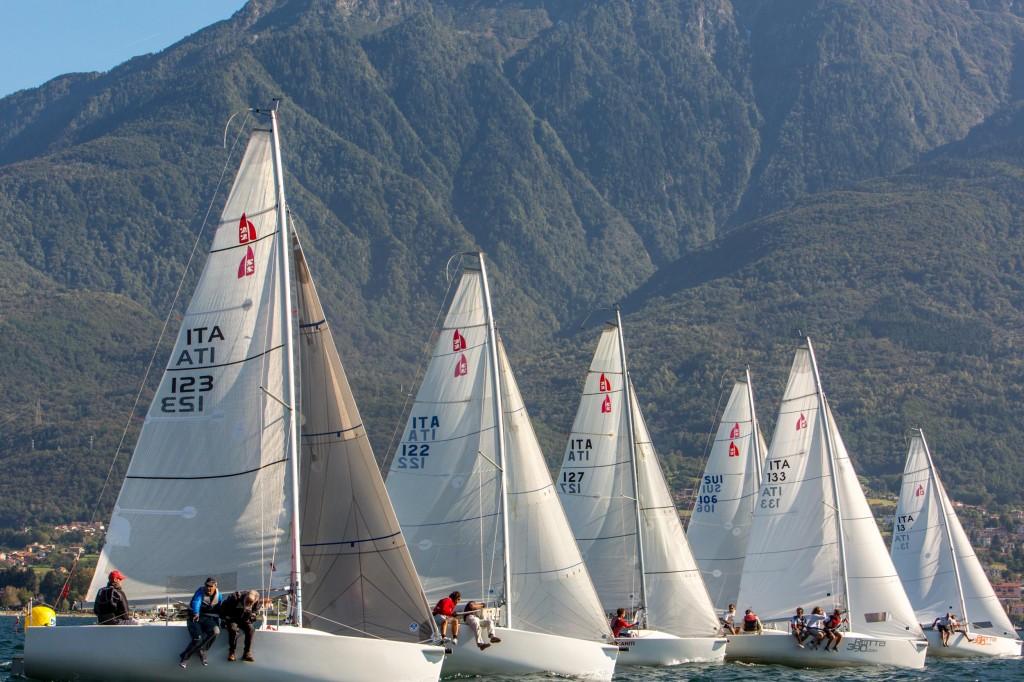 H22 in regata a Domaso. Foto vezzoli.com