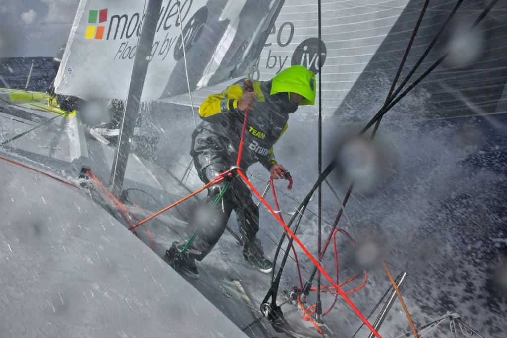 Al lavoro su Team Brunel in condizioni dure. Foto Coppers