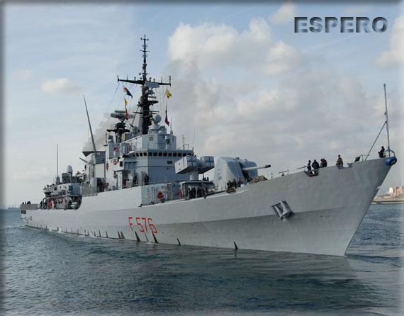 """La fregata Espero della Mrina Militare ormeggiata al porto di Chioggia in occasione di """"Ottobre Blu"""""""