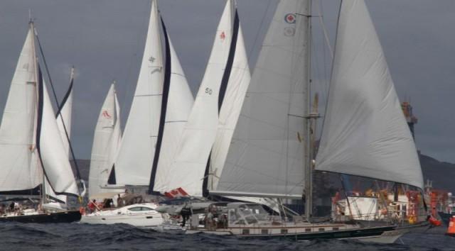 Un momento della partenza dell'ARC+ Cape Verde
