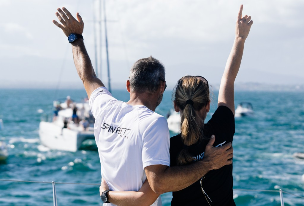 Yann Guichard e Dona Bertarelli all'arrivo. Photo © Chris Schmid/Spindrift racing