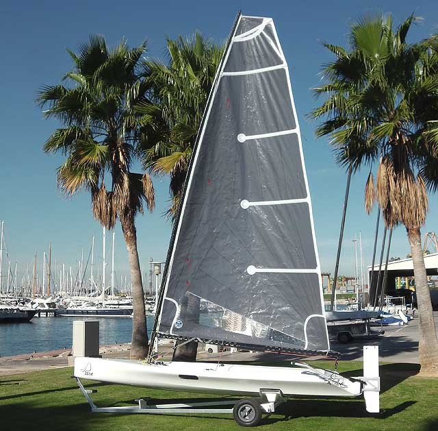 Il piano velico, con la randa North Sails di 8,2 mq