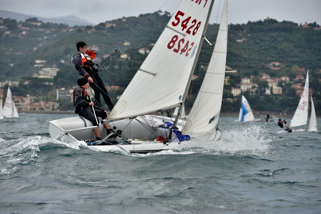 420 in regata a Imperia