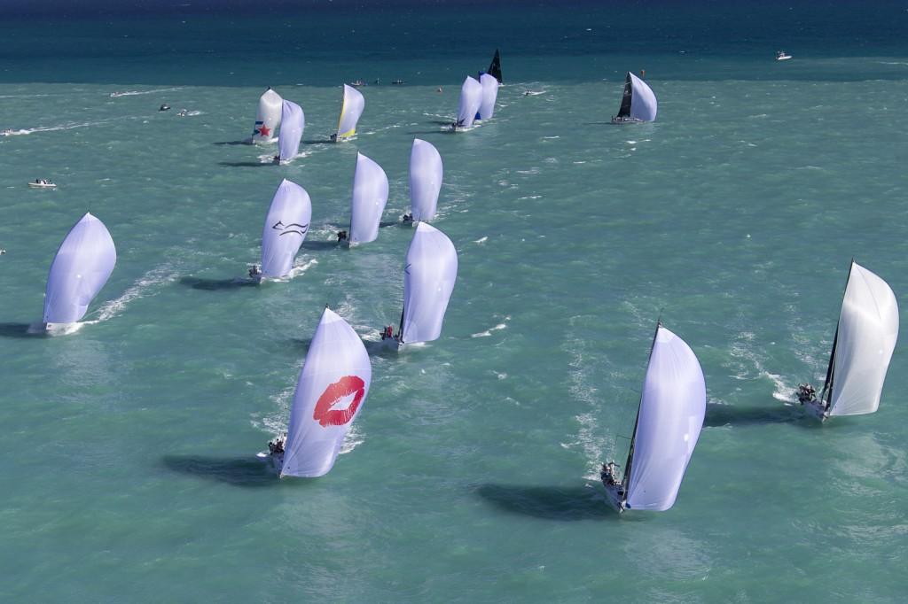 La flotta in poppa. Foto Borlenghi