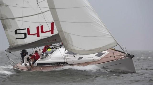 """Salona 44 è il miglior racer-cruiser nella classifica """"Boat of The Year 2015"""" stilata da Cruising World"""