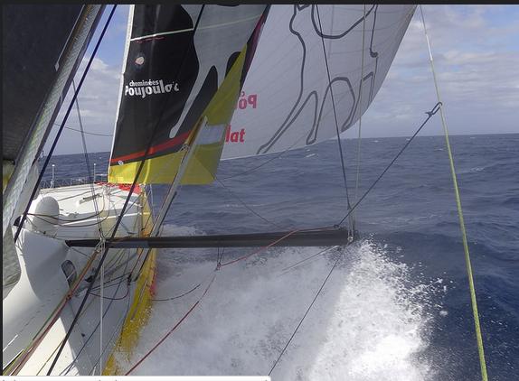 Cheminées Poujoulat naviga in piena potenza nel Southern Ocean